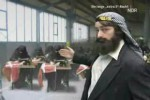 Video - Extra 3 - Flaggen verbrennen