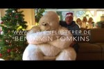 Video - Bauchredner Benjamin Tomkins - Advent, Advent