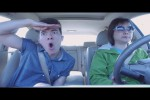 Video - Lip Syncing im Auto