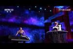 Video - Super Akrobatik und eine unglaubliche Menge Kraft