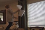 Video - Maus auf Gardinenstange