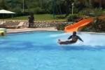 Video - Hoppalas beim Schwimmen