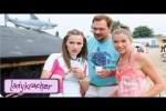 Video - Schwimmspaß der Extraklasse - Ladykracher