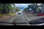 Video - Leute nass machen