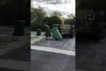Video - Müll mit dem Panzer rausbringen