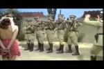 Video - Lustiges aus der Benny Hill Show