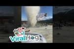 Video - Wirbelsturm zerstört Früchtestand