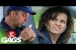Video - Versteckte Kamera - Polizist küsst Führerscheine