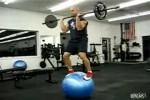 Video - Verrückter Gymnastikball-Trick