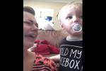 Video - Völlig selbstloser Junge teilt seinen Schnuller