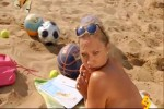 Video - Hey, wirf doch mal den Ball zurück