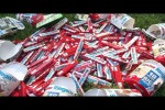 Video - Ferrero-WM-Prämienaktion: 350 Riegel für einen Fußball?