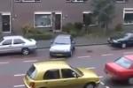 Video - Wenn Frauen einparken