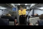 Video - Ladykracher - Stewardess mit Durchsetzungsvermoegen